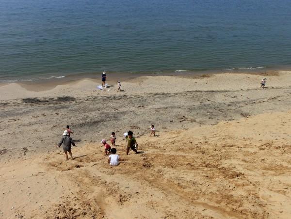 鳥取砂丘で海遊び